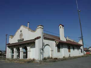 Photo of the Petaluma Railroad Station before special effects applied